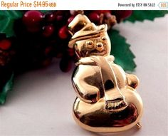 Snowman Pin Gold Metal Brooch Vintage by SpringJewelryThings