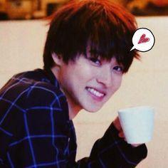 His smile is just hieczhiofjez <3