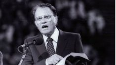 Billy Graham preaching in Paris in 1986