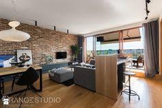 """Apartament """"Wilga Park"""", Kraków - Salon z kuchnią z jadalnią z tarasem / balkonem, styl industrialny - zdjęcie od ORANGE STUDIO"""