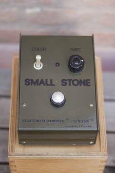 Small Stone Sovtek Electro Harmonix Russian Phaser #sovtek #smallstone #small #stone #phaser #phazer #russian #marcokrasinski #military #rigrundown #green