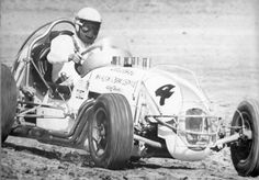 Vintage shots from days gone by! Sprint Car Racing, Dirt Track Racing, Auto Racing, Vintage Race Car, Race Cars, Antique Cars, Classic, Board, House