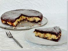 Egyik nagy kedvencünk a csupa csokoládés brownie, melyet most egy rumos-kókuszos töltelékkel bolondítottam meg. Paleo Brownies, Tiramisu, Tart, French Toast, Cheesecake, Pie, Baking, Breakfast, Sweet