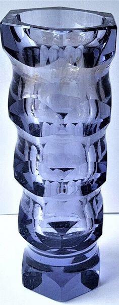 Art Deco glass vase, massive version, alexandrite glass, 6 faceted, Carl Meltzer & Co Haida Bohemia, Around 1915.  Height 20,2 cm  Diameter 7,8 cm  Weight kg 1.180 Bohemia Glass, Geometric Decor, Art Deco Glass, Alexandrite, Czech Glass, Shot Glass, Decoration, Tableware, Glass Vase