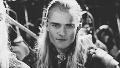 Lord Of The Rings — samwiseg: The Lord of the Rings + Legolas' funny. Rr Tolkien, Tolkien Books, Legolas And Thranduil, Aragorn, Legolas Funny Faces, Misty Eyes, O Hobbit, High Fantasy, Orlando Bloom
