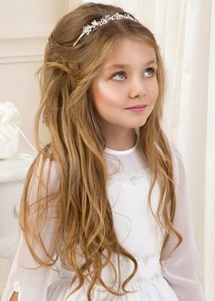 Stylish Hairstyles for Your Little Girl 2019 50 Stylish Hairstyles for Your Little Girl Styling Tips Super Cute Hairstyles, Easy Little Girl Hairstyles, Cute Girls Hairstyles, Top Hairstyles, Elegant Hairstyles, Cornrows, Big Ponytail, Girls Updo, Hair Styler
