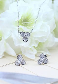 The #LoveMarkPH Trifoliolate silver earrings & necklace embellished with clear Swarovski Cubic Zirconia. Available on our Facebook page: https://www.facebook.com/media/set/?set=a.801444256590218.1073741874.692693000798678&type=3 #JOTD