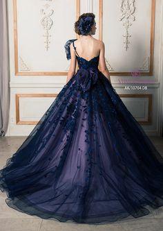 "Beautiful dress for my  ""little"" girl (she's 25 lol!)"