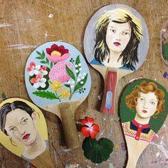 Sandra Eterovic - pintura em madeira;