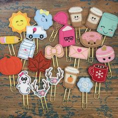Enabler Alert: When Rachel of reopens her store after what seems like foevah you run and place an order for Paperclip Crafts, Felt Crafts Diy, Diy Crafts Hacks, Felt Diy, Cute Crafts, Fabric Crafts, Paper Crafts, Kids Crafts, Creative Bookmarks