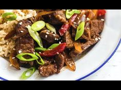 Quick and Easy Pepper Steak Recipe - Ready in 20 Minutes! Skinny Recipes, Ww Recipes, Whole 30 Recipes, Dinner Recipes, Cooking Recipes, Healthy Recipes, Skinnytaste Recipes, Healthy Foods, Recipies