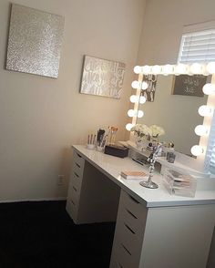 Elegant touches for the most gorgeous vanity space! ✨ @gabba_31, we too could…