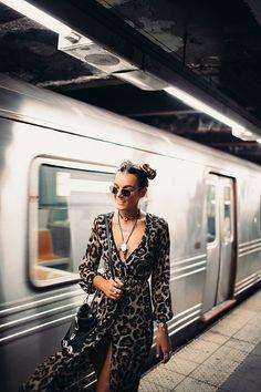 Tessa Barton: subway dancing