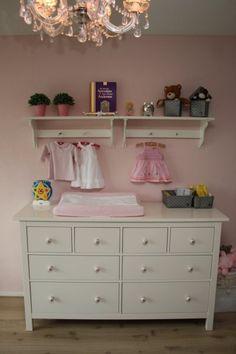 Meisjes babykamer