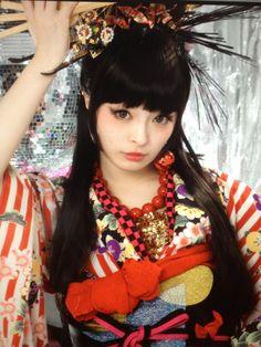 きゃりーぱみゅぱみゅ - Kyari Pamyu Pamyu  -----------#japan #japanese #kimono