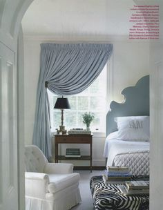 Master Schlafzimmer Fenster Behandlungen Master Bedroom Window Treatments Home Window Treatments Master Bedroom – The master bedroom window treatments is elegant design for choosing the right window desi … Home Trends, Beautiful Bedrooms, Home Bedroom, Master Bedroom Window Treatments, Home Decor, Cozy Master Bedroom, Blue Bedroom, Window Treatments Bedroom, Bedroom Windows
