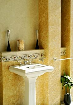 Pros and Cons of a Pedestal Sink | Imperial Wholesale | Imperial Wholesale Design Center | Natural Stone Supplier | Phoenix, AZ