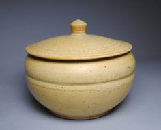 Clay Lidded Casserole Baking Dish Large Yellow L100