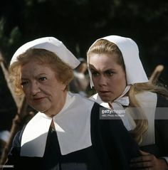 MARION LORNE;ELIZABETH MONTGOMERY BEWITCHED - 'Samantha's Thanksgiving to Remember' - Airdate: November 23, 1967. (Photo by ABC Photo Archives/ABC via Getty Images)MARION LORNE;ELIZABETH MONTGOMERY