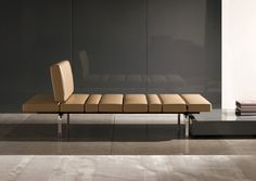 Smith by Minotti | Sofa | Product