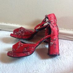 Vintage xoxo Heels Asian satin shoes, perfect conditions, never used XOXO Shoes Heels