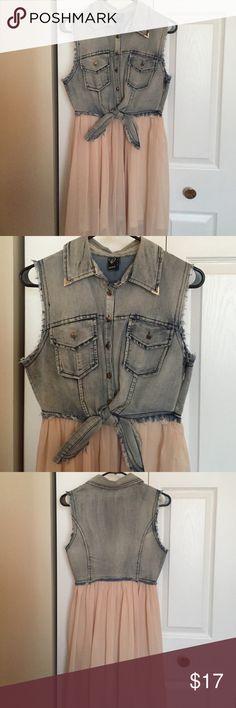 Great dress! Flowy hi-low chiffon skirt, and washed denim WINDSOR Dresses High Low