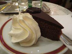 Vienna - Sacher torte al Café Sacher... l'originale! #food #foodie #wien #austria #sacher