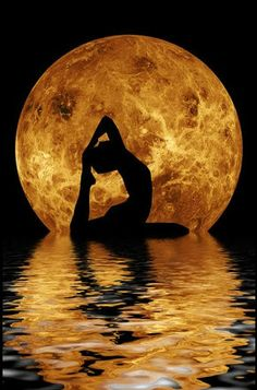 Cool yoga pose (no way I could do that!)