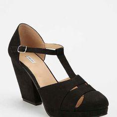 T strap heel