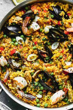 Spanish Paella Recipe - Tastes Better from Scratch Best Paella Recipe, Spanish Paella Recipe, Spanish Recipes, Seafood Recipes, Mexican Food Recipes, Ethnic Recipes, Mexican Meals, Rice Recipes, Soup Recipes