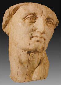 Kassander van Macedonië, 317 - 311 regent in Macedonië en van 305 - 397 koning van Macedonië. Hij liet Roxanne de vrouw van Alexander de Grote en diens zoon Alexander IV terecht stellen.