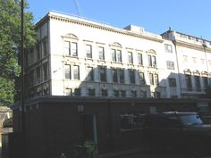 St. Bart's Hospital, London - filming location of Sherlock, sight position of John in The Reichenbach Fall by Sherlock's fall