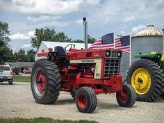 International Tractors, International Harvester, Biggest Truck, Farmall Tractors, Ih, Big Trucks, Big Rig Trucks