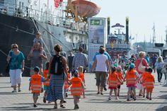 #people #kindergarten  #tallships #rostock #warnemünde #balticsea #ostsee #segeln #segler #sailing