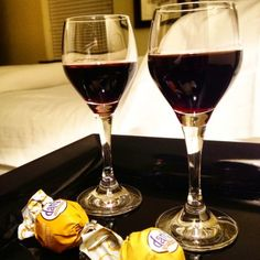 Enjoy complimentary port and chocolate truffles at the The King's Daughters' Inn in Durham, North Carolina