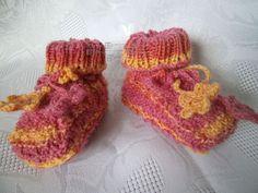 ~ NEU ~ handgestrickte Babyschuhe für Neugeborene ~ Sohle 6 - 9 cm ~ (0872)