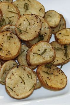 "The ""Skinny Mom, Skinny Rosemary Parmesan Oven Potatoes"" are the perfect side dish for my healthy Easter dinner.  Fresh rosemary combined with Parmesan cheese adds delicious flavor to these potatoes.  Use a crinkle cutter when slicing the potatoes."