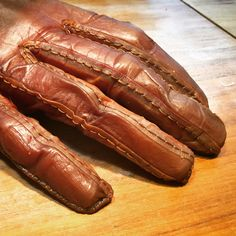 ScobyTec - form fitting glove made from bacterial cellulose Kombucha Scoby, Growth And Decay, Textiles, Fabric Art, Tool Design, Vegan Leather, Ethnic Recipes, Food, Man Fashion