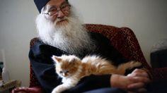Parintele Justin Parvu despre Mama si Neam - In Memoriam - Romania, Cats, Animals, Don't Care, Gatos, Animales, Animaux, Animal, Cat