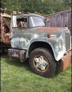 1975 loadstar 1800 wrecker Dayton Wheels, International Harvester Truck, Scouts, Antique Cars, Trucks, Vintage Cars, Boy Scouts, Truck, Boy Scouting