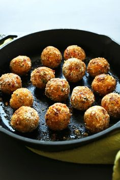 DELICIOUS EASY Vegan Chickpea Meatballs infused with Sun-dried Tomatoes and…
