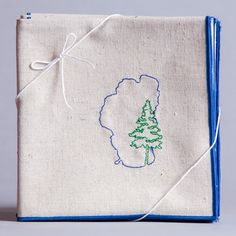 Lake Tahoe with Pine Dinner Napkins in eco-friendly fabric. Hemp napkins, organic cotton napkins as the best Lake Tahoe gift.