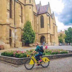 #raiffeison #bikes #fashion #jumper World Traveler, All Over The World, Jumper, Bike, Lifestyle, Fashion, Bicycle, Moda, Jumpers