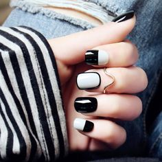Looking for easy nail art ideas for short nails? Look no further here are are quick and easy nail art ideas for short nails. Grey Nail Art, Black And White Nail Art, Gray Nails, White Nails, Black White, Grey Nail Designs, Fall Nail Art Designs, Short Nail Designs, Simple Nail Designs
