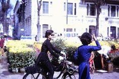 I was going through a giant archive of old photographs (yes another one), mostly taken by Westerners over in Vietnam during the war, when I started to develop a very unexpected style crush. Who knew Mod fashion made it to 1960s Vietnam? As it turns out, until the early 1970s, before the fall of Saig
