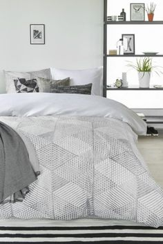 10 of the Best Duvet Covers, According to Interior Designers