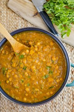 Slimming Eats Butternut Squash Chickpea Curry - dairy free, gluten free, vegan, Slimming World and Weight Watchers friendly Slimming World Curry, Slimming World Vegetarian Recipes, Easy Healthy Recipes, Vegan Recipes, Easy Meals, Cooking Recipes, Slimming World Vegetable Curry, Curry Recipes, Drink Recipes