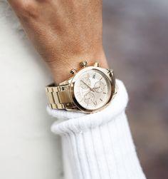 Gold watch  |  pinterest: @Blancazh