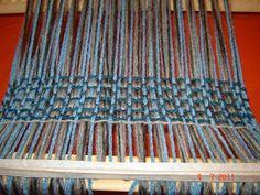 Quiero Pura Lana: 1° CLASE DE TELAR: antes de empezar a tejer Lana, Weaving, Rugs, Fabric, Ideas Para, Weaving Patterns, Tinkerbell, Molde, Rug Loom