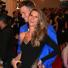 Gisele Bündchen arrived in sky high heels on the arm of her husband, Tom Brady, to the Costume Institute Benefit in NYC on Monday night, but by the end of Tom Brady Wife, Going Barefoot, Gisele Bundchen, Costume Institute, Sky High, Supermodels, Toms, Nyc, Sari